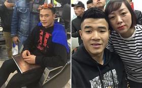 Vừa mới về nước, cả loạt cầu thủ U23 Việt Nam đã phải tranh thủ đi làm tóc để tút tát nhan sắc
