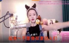 """Hát quốc ca phản cảm khi livestream, hotgirl 2 triệu subscriber Trung Quốc bị """"ban"""" và gạch đá thẳng mặt"""