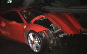 """Vụ siêu xe Ferrari của ca sĩ Tuấn Hưng gặp tai nạn, nát đầu: """"Trên xe có ca sĩ Tuấn Hưng và lái xe"""""""