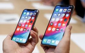 """11 năm rồi mà iPhone XS vẫn không thoát khỏi 2 cái """"nhọt"""" này khiến người dùng tức lộn ruột"""