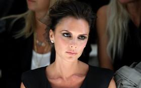 Victoria phẫn nộ vì David Beckham tiết lộ nhà bị trộm để đánh lạc hướng dư luận khỏi cuộc hôn nhân trục trặc