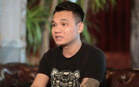 """Khắc Việt: """"Nhạc sĩ nào nói rằng bài hát Như Lời Đồn dung tục thì chính người đó đang kích động đám đông"""""""