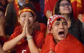 Bạn bè quốc tế khuyên fan Việt chấp nhận kết quả, ngừng lên mạng chửi bới trọng tài