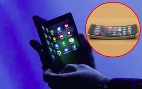"""Nhân dịp Samsung ra smartphone màn hình gập, lại nhớ siêu phẩm iPhone 6 cũng biết """"gập"""" của Apple 4 năm trước"""