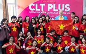 Hội thảo tiếng Anh hóa khán đài sân vận động rợp cờ đỏ sao vàng cổ vũ đội tuyển Việt Nam