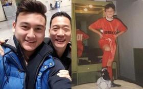 Bố Linh Nga chia sẻ loạt ảnh thuở nhỏ của thủ môn Văn Lâm, tiết lộ hành trình từ Nga đến Việt Nam để theo đuổi niềm đam mê bóng đá