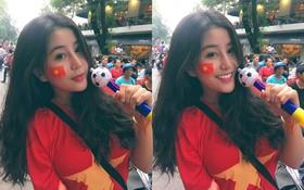 Xinh đẹp và quyến rũ đi cổ vũ U23, CĐV Việt Nam được báo Trung ca ngợi