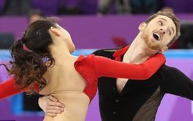 Nữ VĐV trượt băng nghệ thuật Hàn Quốc gặp sự cố tuột khuy áo khi biểu diễn ở Olympic