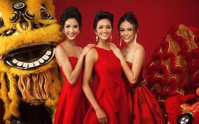 """Top 3 """"Hoa hậu Hoàn vũ Việt Nam 2017"""" diện trang phục đỏ rực, khoe nhan sắc rạng rỡ trước thềm năm mới"""