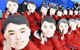 Đội cổ vũ Triều Tiên gây bão MXH vì nhảy theo hit của BTS và Sunmi quá sung