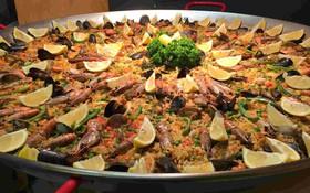 Paella - món cơm rang rực rỡ sắc màu của đất nước Tây Ban Nha