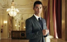 Cầu thủ và suit – Sự kết hợp tạo nên chất đàn ông