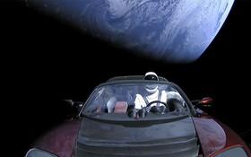 Thông điệp bí ẩn bên trong chiếc siêu xe Tesla mà Elon Musk đã gửi lên vũ trụ