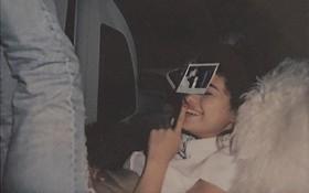 Selena Gomez chúc mừng sinh nhật một người bí ẩn, nhưng ai cũng biết đó là Justin Bieber!