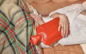 """Đau bụng ngày """"đèn đỏ"""" không còn là nỗi ám ảnh nếu duy trì 4 thói quen sau"""
