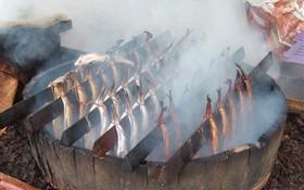 Cá hun khói truyền thống của Scotland không chỉ có nguồn gốc thú vị mà cách làm cũng độc đáo không kém