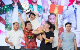 """Vượt qua nhóm các cựu thí sinh, Khủng Long Tí Hon xuất sắc chiến thắng """"Cười xuyên Việt - Tiếu Lâm Hội"""""""