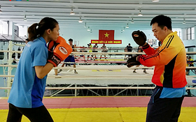 Từ chiếu chèo lên sàn đấu, nữ võ sĩ boxing ước một Asiad thành công