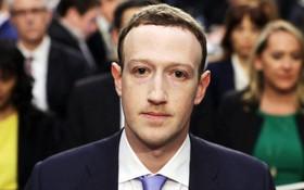 Nghị sĩ Mỹ dành nguyên 5 phút chỉ để hỏi Mark Zuckerberg lý do xóa Fanpage gà rán ưa thích