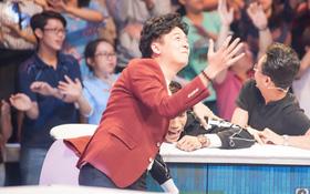 """Ngô Kiến Huy bất ngờ bị """"tố"""" phẫu thuật thẩm mỹ trong gameshow ca nhạc"""