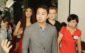 """Lan Khuê cùng bạn trai tin đồn xuất hiện tại buổi casting show hẹn hò """"The Bachelor"""" miền Nam"""