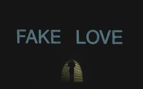 """Fan BTS trút giận lên YouTube, đánh giá 1 sao liên tục vì nghi ngờ """"ngậm view"""" MV """"Fake Love"""""""