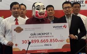 Người trúng Vietlott 304 tỷ đồng: Gia đình thuộc diện khá giả, đã có xe và nhà riêng