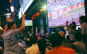 Phố Tây ở Sài Gòn chật kín trong ngày khai mạc World Cup 2018, khách Nga hò hét ăn mừng khi đội nhà thắng đậm