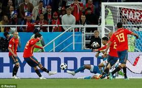 TRỰC TIẾP (H2) Tây Ban Nha 1-1 Morocco: Amrabat dứt điểm dội xà ngang