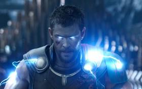 """""""Thần Sấm Thor"""" Chris Hemsworth cảnh báo """"Avengers 4"""" sẽ còn sốc hơn cả """"Infinity War"""""""