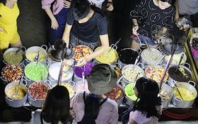 Chè bột lọc heo quay: vượt mọi giới hạn ẩm thực, thách thức mọi tín đồ ăn uống khi đến Huế