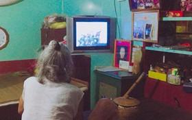 Bà nội 87 tuổi vẫn thích xem Tây Du Ký khiến cư dân mạng phải ôm tim vì quá dễ thương