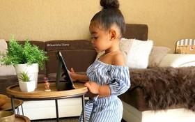 Hot Kid Hà Lan mới 2 tuổi đã sở hữu phong cách thời trang khiến bao người học tập mệt nghỉ