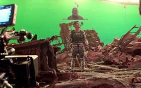 """Hé lộ hậu trường công nghệ kỹ xảo """"Avengers: Infinity War"""": Thanos lùn hơn cả Thor, diễn bằng ảnh in sẵn mỗi cái đầu"""