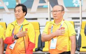 """HLV Park Hang Seo: """"Ai chịu trách nhiệm khi Olympic Việt Nam thua tan nát?"""""""