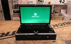 Anh chàng hacker này biến Xbox One X thành một chiếc laptop độc nhất vô nhị có giá 2.500 USD