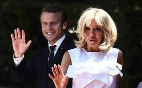 """Phu nhân Tổng thống Pháp bị mỉa mai cư xử như """"bà hoàng"""" khi nhất quyết không chịu làm việc này"""