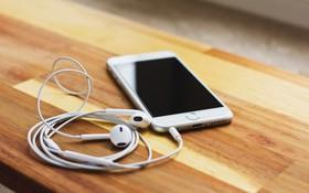 5 nguyên tắc nghe nhạc bằng tai nghe cần biết ngay nếu không muốn bị nghễnh ngãng