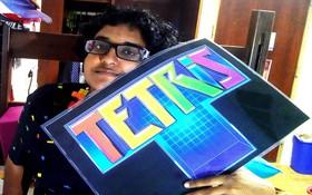 Cô gái mê xếp hình đến nỗi muốn kết hôn với game Tetris