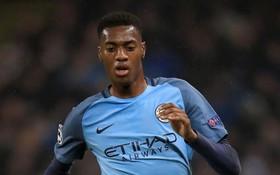 Chưa từng đá ở Ngoại hạng Anh, sao trẻ Man City đã vung tiền mua nhà triệu đô