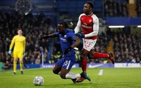Chelsea 0-0 Arsenal: Công nghệ hỗ trợ vẫn có tranh cãi