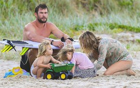 """Giữa showbiz thị phi, gia đình hạnh phúc của vợ chồng chàng """"Thor"""" như một ốc đảo bình yên đáng ngưỡng mộ"""