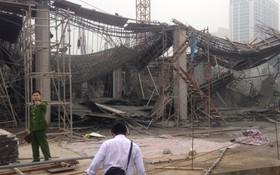 Hà Nội: Sập giàn giáo công trình xây dựng khiến 3 người chết, nhiều người bị thương