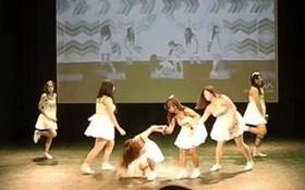 """Cover nhảy Kpop phiên bản """"cạn lời"""": Trượt té cũng phải y chang!"""