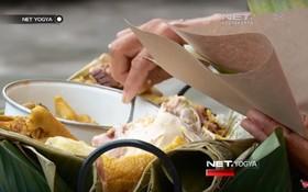 Món ăn độc đáo của Indonesia: nhìn qua cứ tưởng xôi của Việt Nam, ai ngờ lại khác hoàn toàn