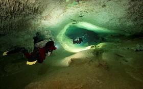 Các nhà khảo cổ phát hiện hệ thống hang động ngầm lớn nhất thế giới, chứa đựng đầy các bí mật của nền văn minh Maya cổ đại