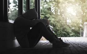 Khoa học mới chứng minh cô đơn là thứ cảm giác nguy hiểm nhất, tác hại ngang 15 điếu thuốc lá/ngày
