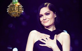 """Chủ nhân hit """"Price Tag"""" vượt mặt loạt ca sĩ bản địa, dẫn đầu show ca hát của Trung Quốc"""