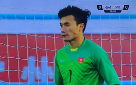 Bùi Tiến Dũng trong trận bán kết U23 châu Á: Có nhất thiết phải đẹp trai thế không!