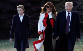 Con trai út tổng thống Trump gây sốt trên truyền thông vì vẻ đẹp trai lạnh lùng trong bức ảnh gia đình mới nhất